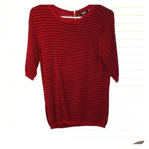 Red and navy strip 3/4 sleeve sweater